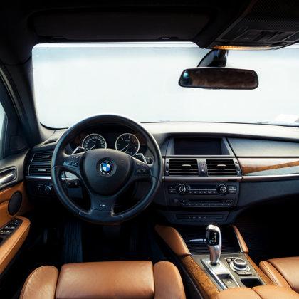 BMW X6 salona fotosesija